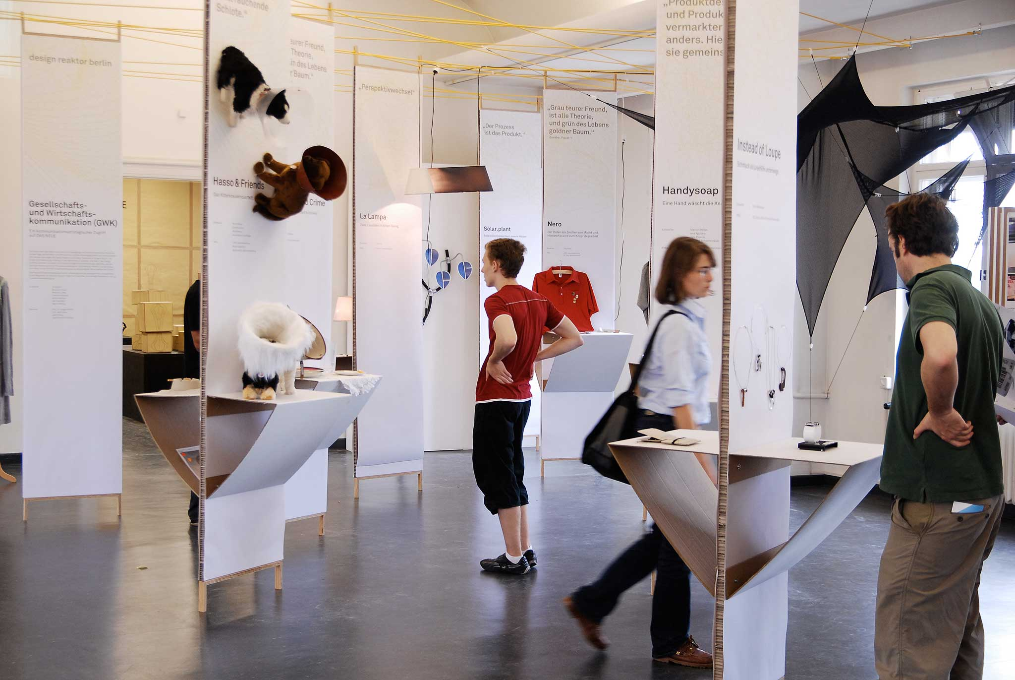 Design Reaktor Berlin, Jahresausstellung, Universität der Künste Berlin, 2007