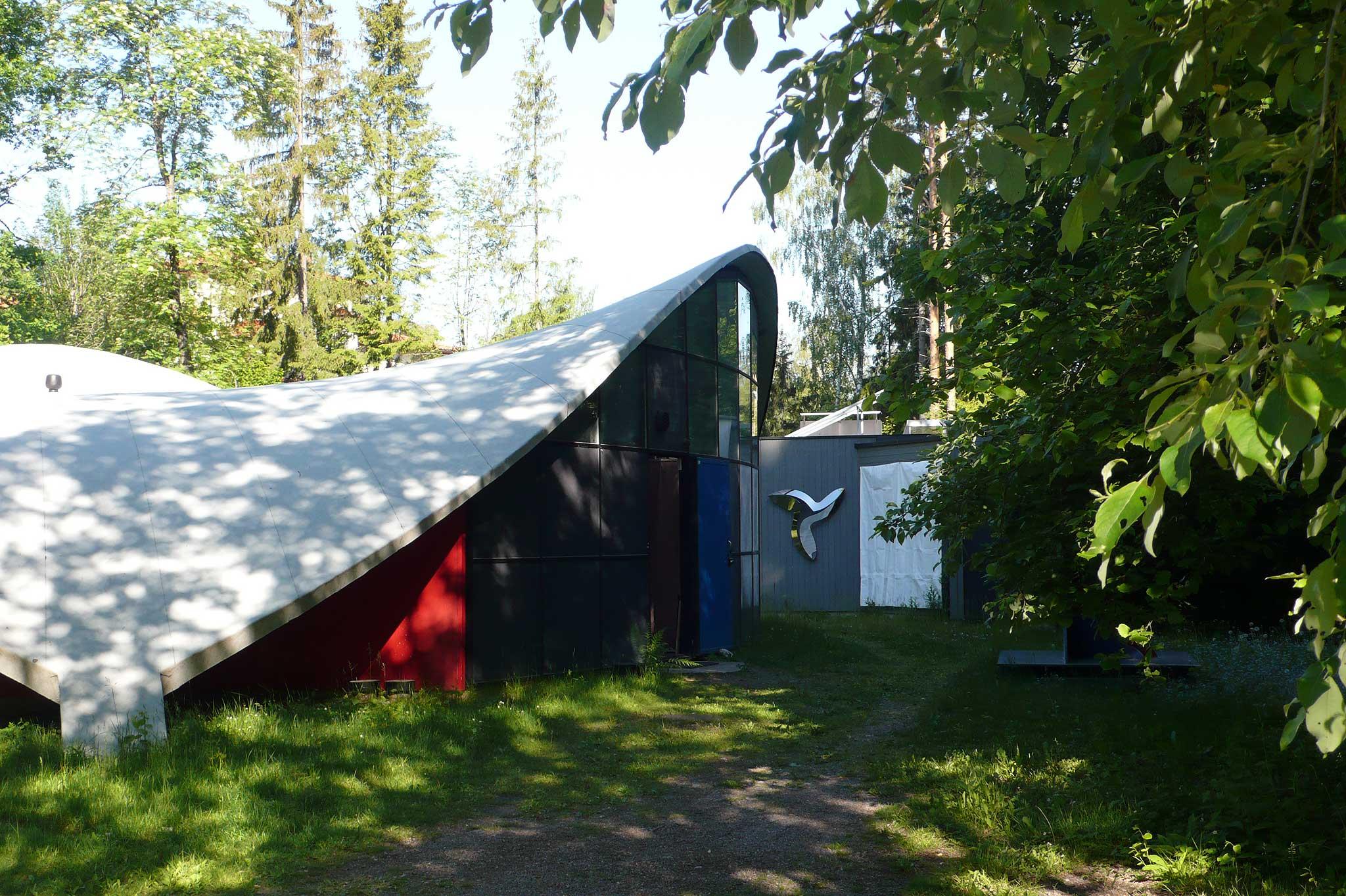 Das Studio von Yvrö Kukkapuro im Norden Helsinkis.