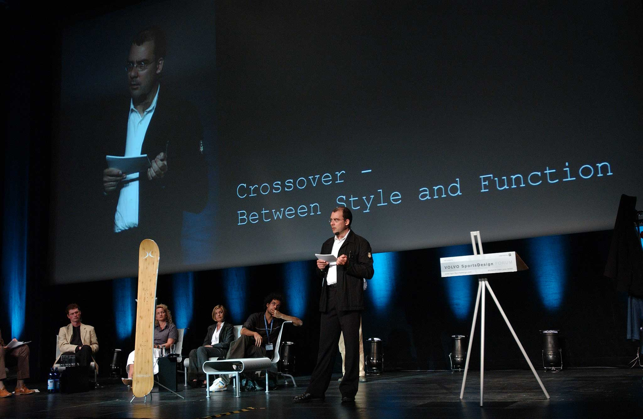 Lecture in front of over 400 participants at the 2. Volvo Sports Design Forum at ICM, Munich.
